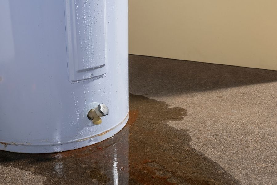 What Should You Do if You Have a Leaking Water Heater in Ann Arbor Michigan?